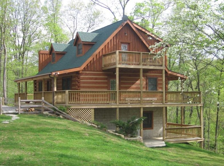 Cozy log home in the woods vrbo for Cabins to stay in nashville tn