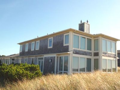 Photo for ARIA 2 ~ Spectacular oceanfront home with gorgeous view.