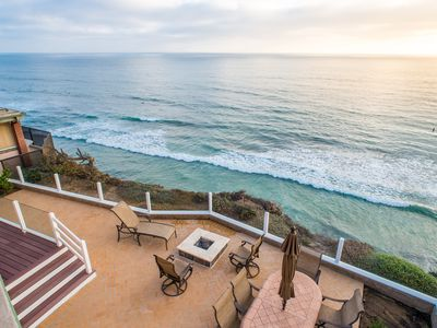 Enjoy Amazing Views And Cool Coastal Breezes At This Luxury Villa Near Del Mar