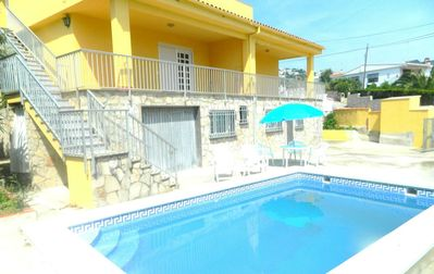 Photo for CASA COVA 3 - Apartment 6 per with communal pool, Terrace and wifi, 100 m from the beach