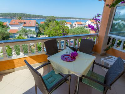Photo for Apartment Anđela  A2(2+2)  - Barbat, Island Rab, Croatia