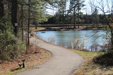 Peaceful location in the heart of Apex