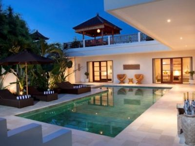 Swimming pool and villa