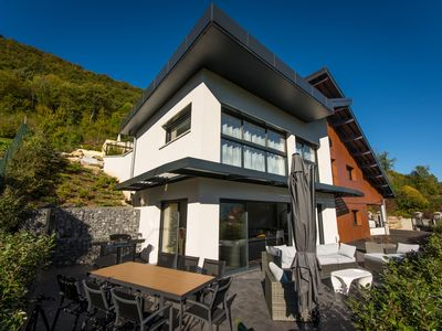 Photo for Modern Villa with view on the lake of Annecy