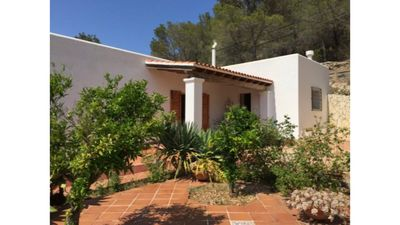 Photo for Villa Alexa this charming villa is just a 10 min drive to either Playa Den Bossa or San Antonio