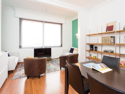 Photo for Bright and quiet flat in heart of Barcelona. Fully equipped. New-Renovated!