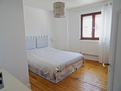 Photo for Apartment 4 people 52m² quiet and close to the tram, 5min from downtown