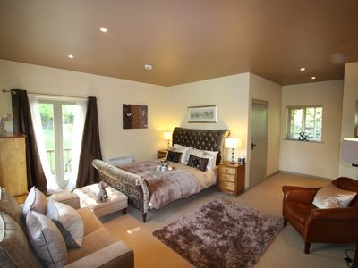 Photo for 5BR House Vacation Rental in Faversham