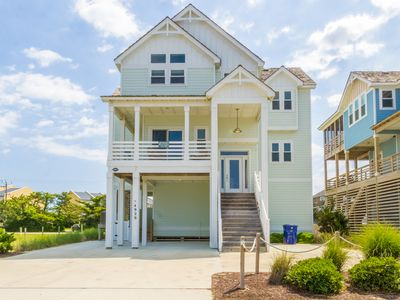 Photo for Signature Series 5 Bedroom with Deeded Beach Access
