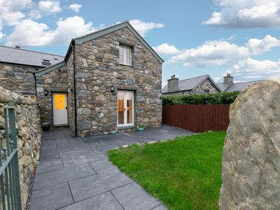 Photo for Enjoy the best of Snowdonia National Park and the North Wales coast from this stunning cottage near