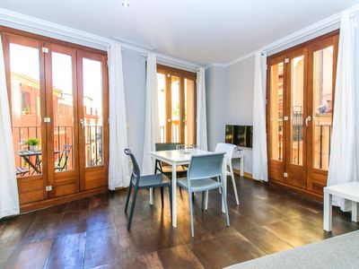Photo for 1 Bedroom with balcony. El Carmen. Valencia.TRA1
