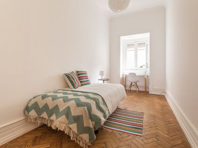 Photo for Bright and Cosy Single Room in Central Lisbon
