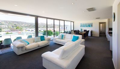 Photo for Luxurious CBD 4 bedroom penthouse