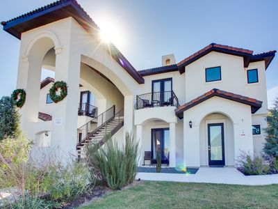 Photo for Luxurious wine country villa with private balcony and shared firepit!