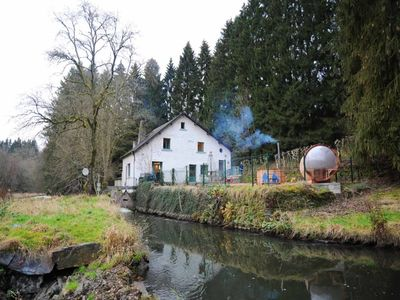 Ancient water mill located in Herbeumont and equipped for maximum 24 persons. Terrace with barbecue