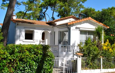 Photo for Royan Lovely house in the pines 3 minutes from the beach, Park district