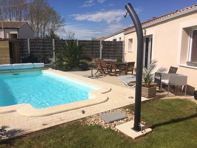 Photo for Villa recent 10 minutes from the sea with private heated pool without vis-à-vis