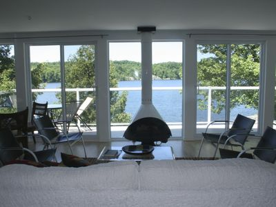 Photo for Lake House: 2nd floor gives awesome view, lake ft away, fireplace, c/a