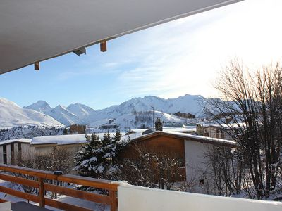 Photo for ALPE D'HUEZ HYPER CENTRE - T4 renovated - DOORSTEP SKIING