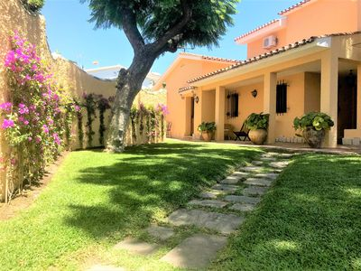 Photo for Magnificent villa in Málaga city with capacity for 9 people