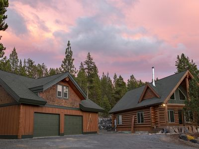 Photo for 3BR Cabin Vacation Rental in Crescent, Oregon