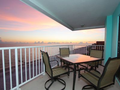 Photo for 5th Floor, Corner Penthouse w/ Amazing Beachfront Views! 2 King Beds, Ideal for Large Families.