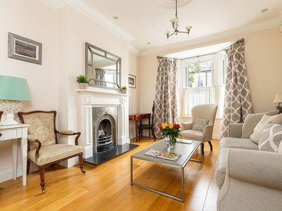 Photo for Stunning 3 bed house close to Westfield (sleeps 8)