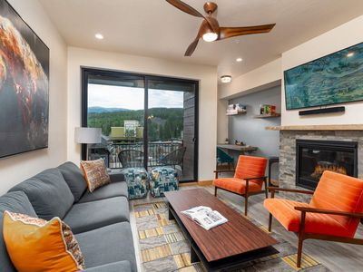 Photo for FLEXIBLE CANCELLATION | Watch The Shooting Stars From The Hot Tub | Downtown | Gorgeous Design