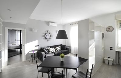 Photo for Spacious Caterina da Forlì  apartment in Navigli with WiFi, integrated air conditioning & lift.
