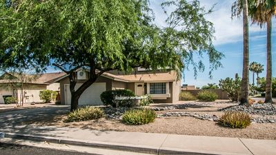 Photo for Desirable location..Minutes from TPC, Kierland, golf, shopping, restaurants