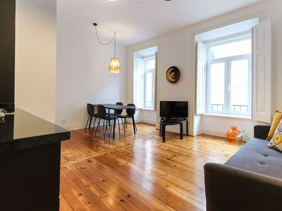 Photo for Nice apartement for 3 people, in the heart of Bairro Alto with A/C & WiFi