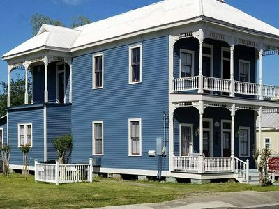 The Victorian Secret - St. Peter House - Downtown, Entire House!  New Reno!