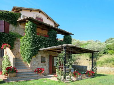 Photo for Apartment Agriturismo Fontepietri (CPG102) in Campagnatico - 4 persons, 2 bedrooms