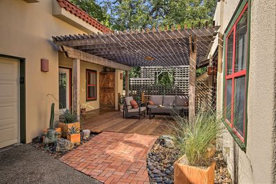 Escape to the southwestern city of San Antonio at this vacation rental!