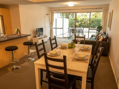 Photo for Awesome sunny central city apartment, w pool & gym
