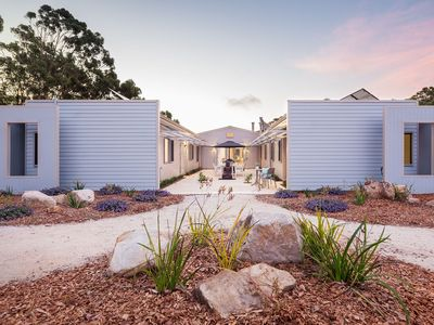 Photo for 5ROOMS RETREAT Margaret River