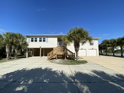"""Photo for """"My Sisters"""" Large 5 bed/4 bath Beach House with Pool,  Short Walk to the Beach"""