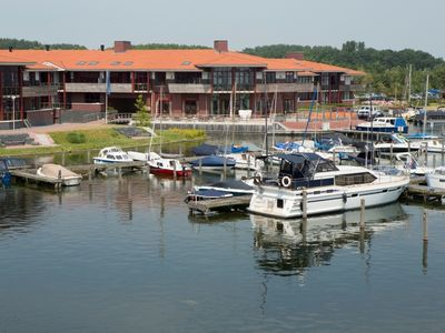 Photo for 6-person apartement in the holiday park Landal Waterparc Veluwemeer - on the water/recreation lake