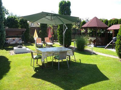 Holiday apartment with well-tended garden