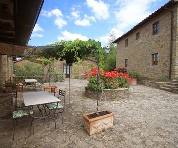 Photo for 2BR Apartment Vacation Rental in AREZZO
