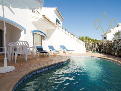 Photo for Vale do Lobo Villa, Sleeps 4 with Pool and Air Con
