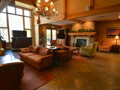 Photo for Ski-In Condo, Walk to town & Lift,  Amenities & Shuttle, Worry-Free Booking!