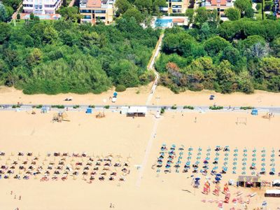 Photo for 2 bedroom Apartment, sleeps 6 in Bibione with Air Con