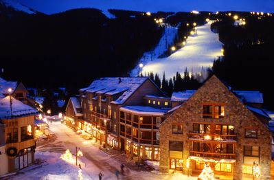 In River Run Village, just steps away from shops, restaurants and the gondola.