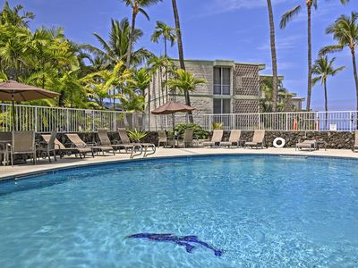 Photo for Oceanfront Resort Condo w/Pool Near Kailua-Kona!