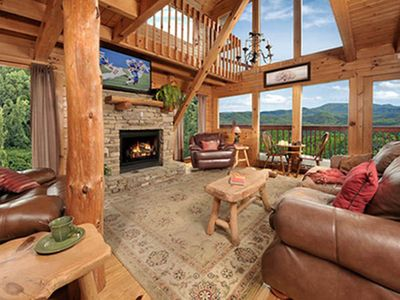 Photo for 3 BR💥180' MOUNTAIN VIEW CABIN W/ HOT TUB, FIRE PIT, AND THEATER