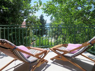 Photo for 2 bedroom Villa, sleeps 6 in Šarić with Air Con and WiFi