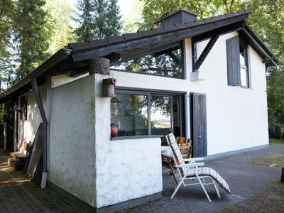 Photo for Detached house with piano, beautifully situated on the edge of the forest