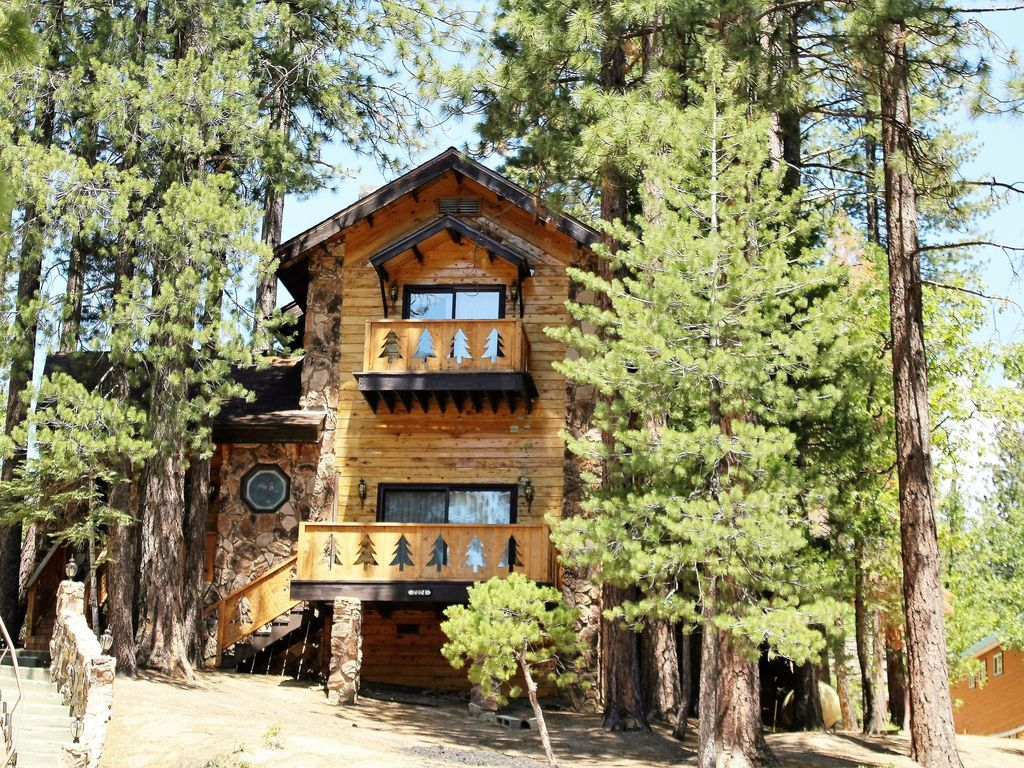 old door base cabin rentals california wild a rental camp vacation americas road to cabins states united the yosemite