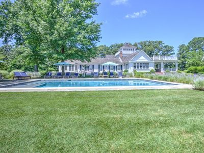 Acorn Point - Luxurious Home, Big Yard, Private Pool!